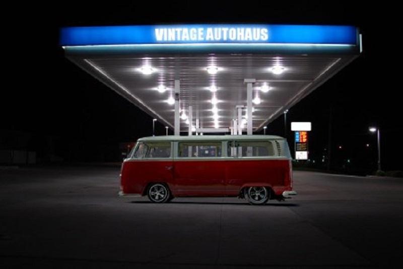 Vintage Autohaus New