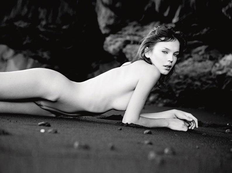 camren bicondova nude