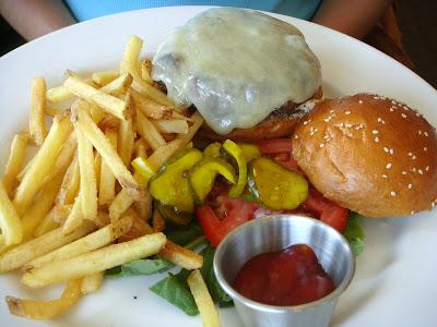 Burger at Alma Nove, Hingham, Mass.