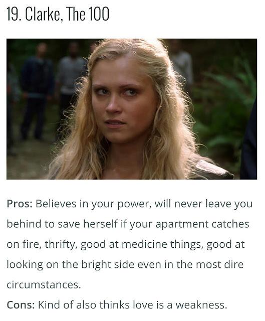 """Na imagem: print de um post onde mostra a foto da Clarke e embaixo um texto listando os """"prós"""" dela"""