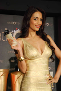 Malaika Arora Launch Sunsilks Gold Chamber Of Secret 23