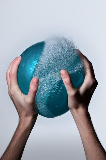 edward horsford fotografia bexiga balões água estourando captadas tempo momento certo