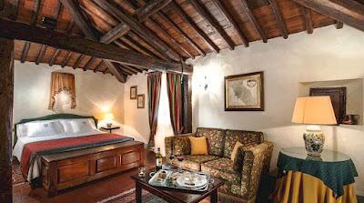 Stay at Spaltenna Castle near Gaiole in Chianti