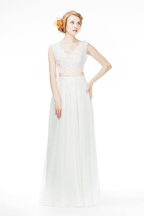 Romantyczna, zwiewna suknia ślubna - Justyna Kodym
