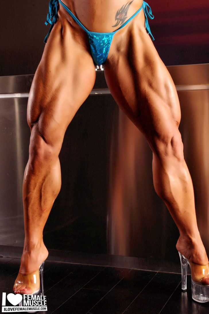 Monica Martin Flexing Her Muscular Quads And Calves In Heels