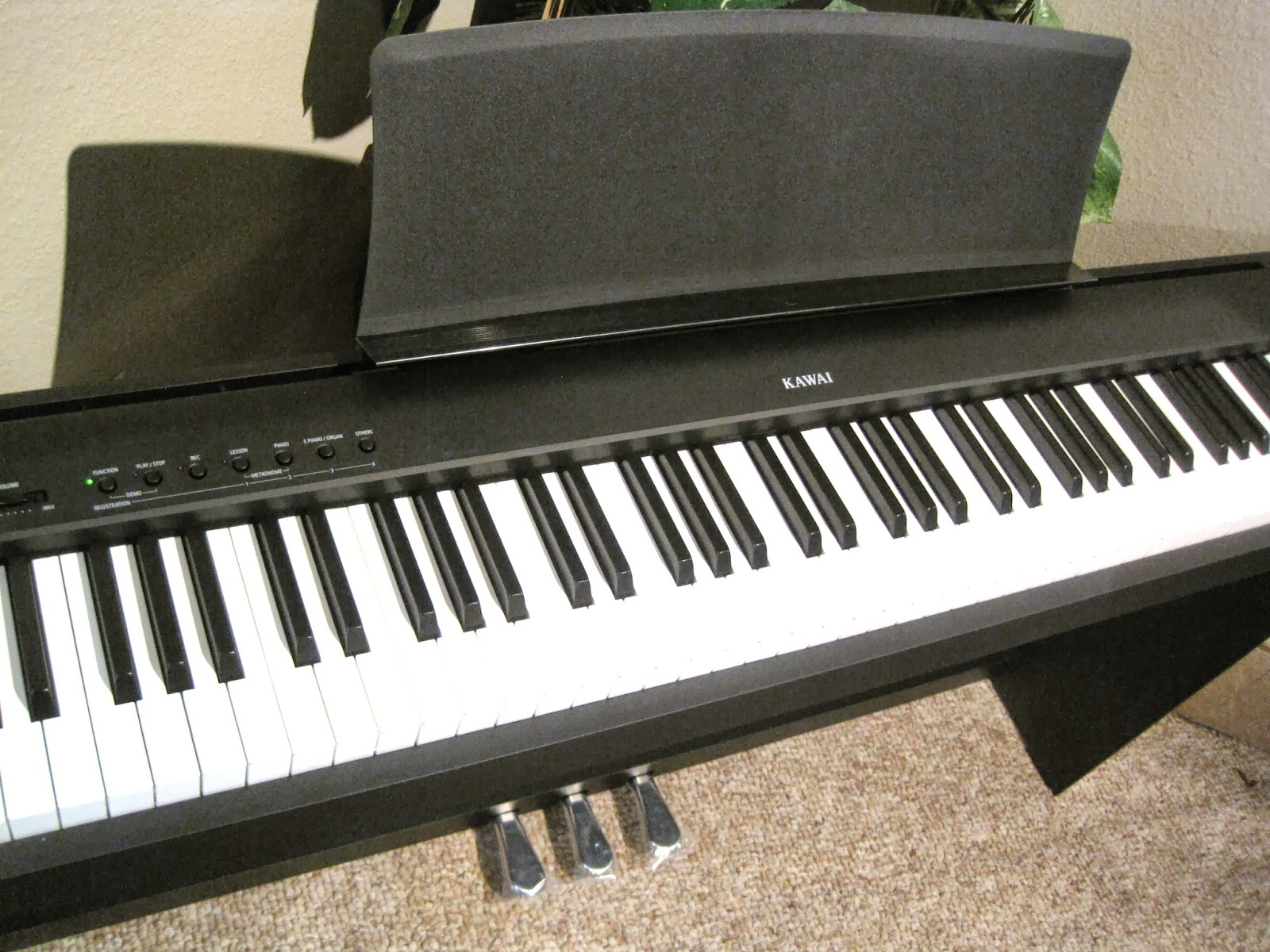 az piano reviews review kawai es100 portable digital piano recommended as a best buy. Black Bedroom Furniture Sets. Home Design Ideas