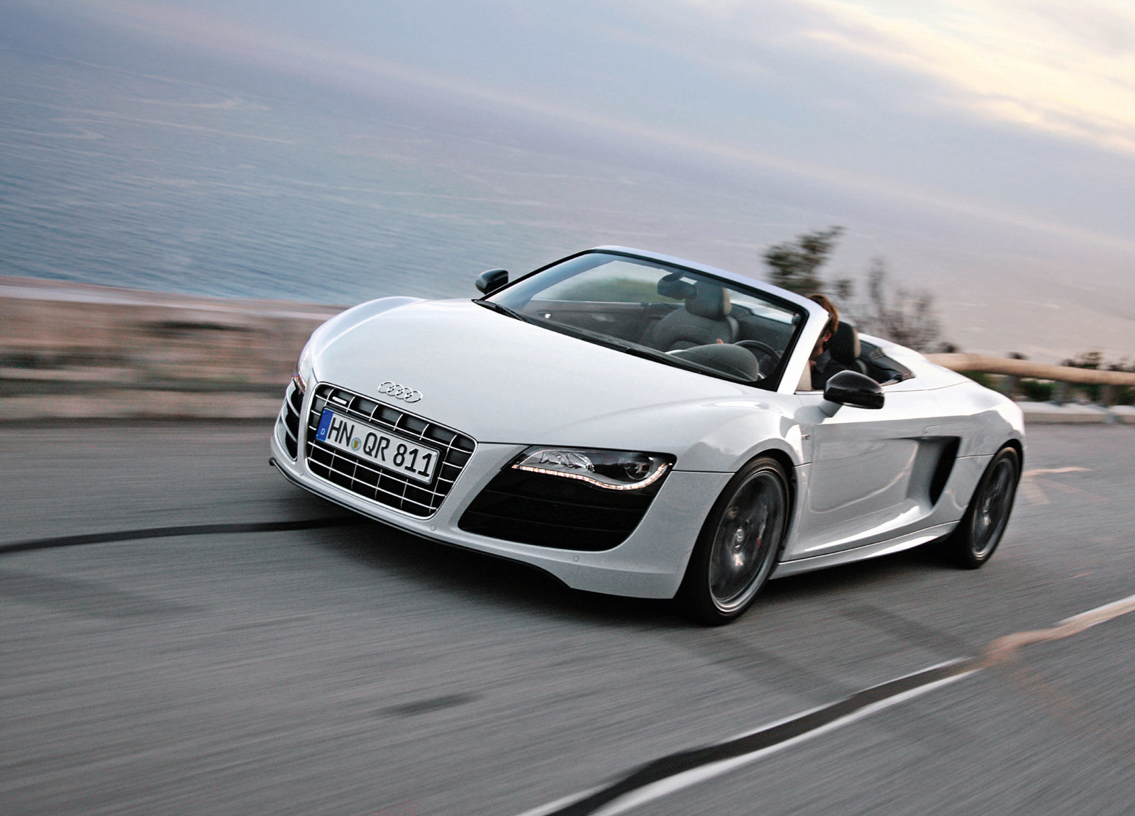 audi r8 v10 spyder hd wallpapers the world of audi. Black Bedroom Furniture Sets. Home Design Ideas