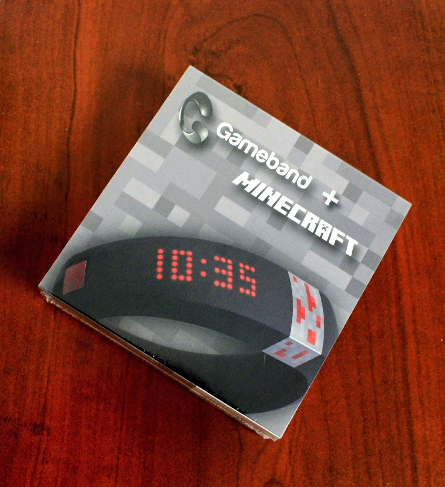 Gameband Minecraft™: the perfect gift for Minecraft fans! #GameOnTheGo #ad
