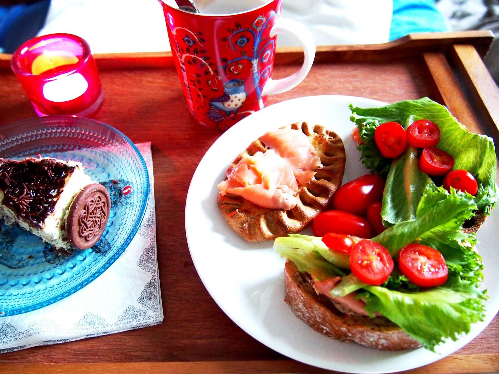 #breakfast #aamiainen #in #bed #sängyssä #syntymäpäivät #perinne #traditon #birthday #special #day #congratulations #onnea #onnittelu
