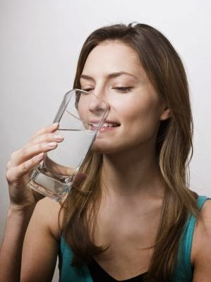 Symptoms of Not Drinking Enough Water