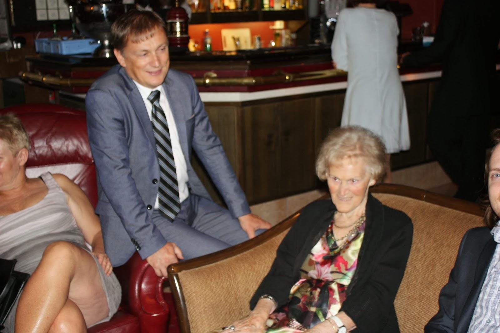 møt eldre kvinner aleksandra hotell