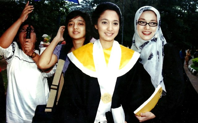 Wisuda FIB UI (Fakultas Ilmu Budaya, Universitas Indonesia) Isabella Fawzi, 2010