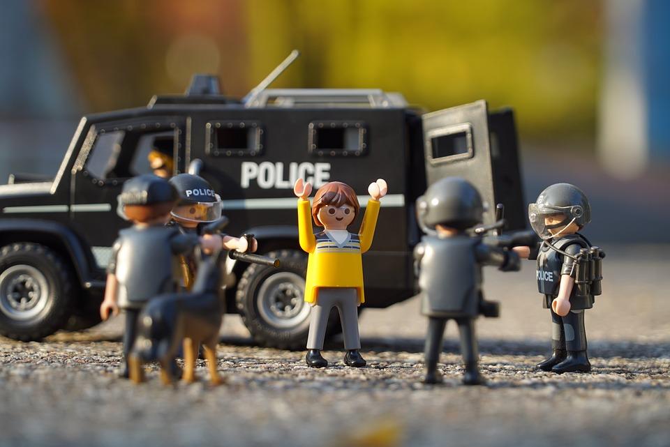 Les playmobil Policiers