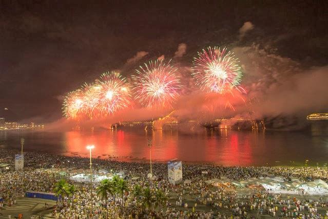 Fuegos Artificiales, año nuevo 2014, Río de Janeiro, Brasil
