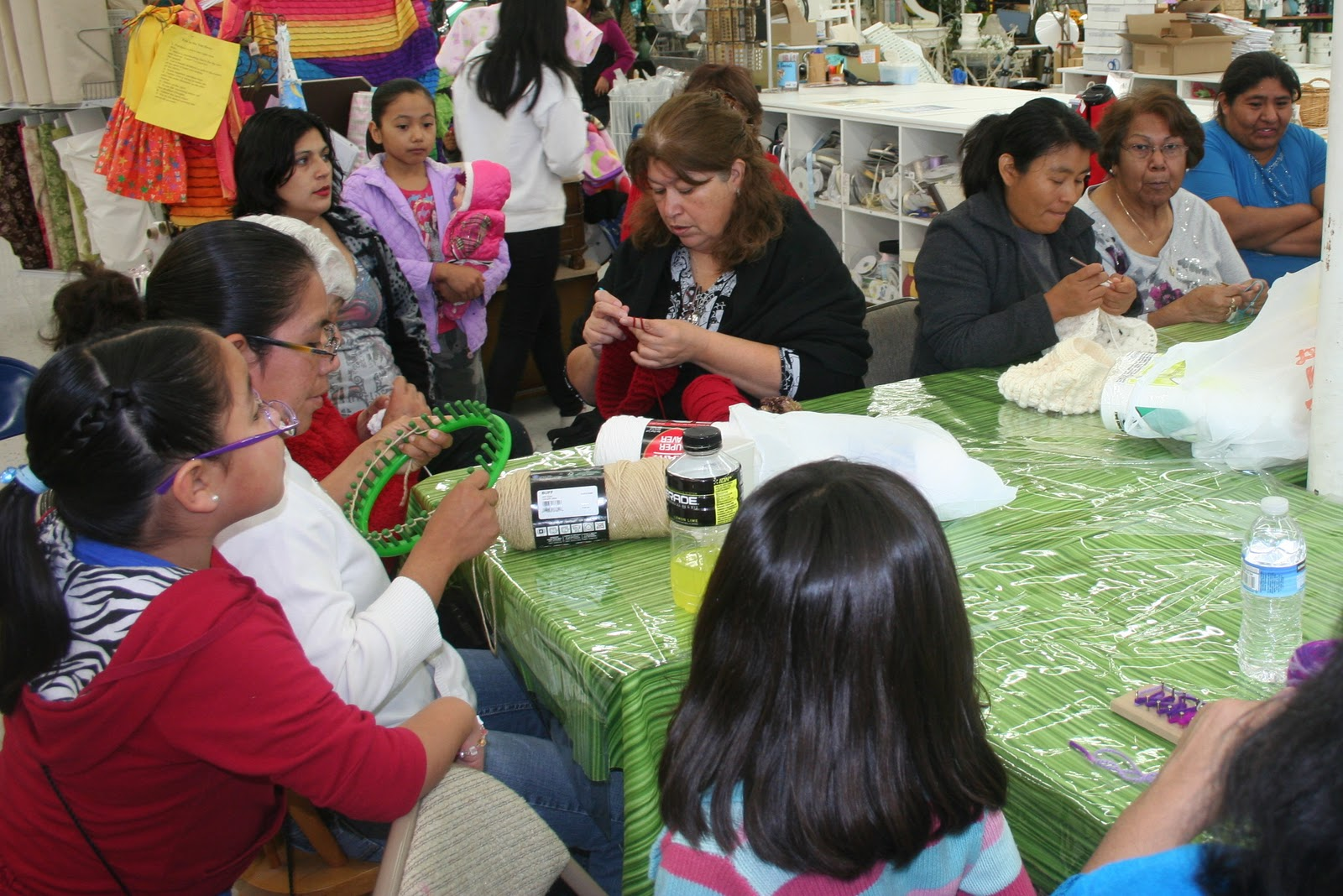 Crocheting Groups : Beverlys Santa Maria: The Knitting & Crochet Group