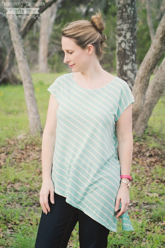 http://www.scatteredthoughtsofacraftymom.com/2015/04/free-ladies-t-shirt-pattern-tutorial.html