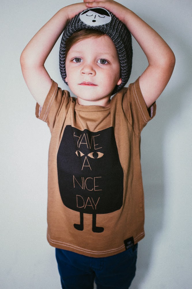 "Tiny Whales: kids tee ""Have a nice day"""