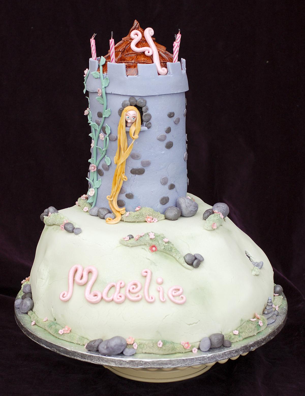 Rapunzel Cake Adventures Tikkido.com