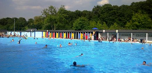 London Stuff Tooting Bec Lido Sw16