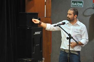 Secretário da AMAPEM expoe sobre Esclerose Múltipla