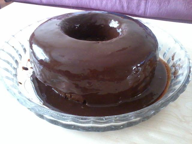 çikolata soslu kek yapımı height=