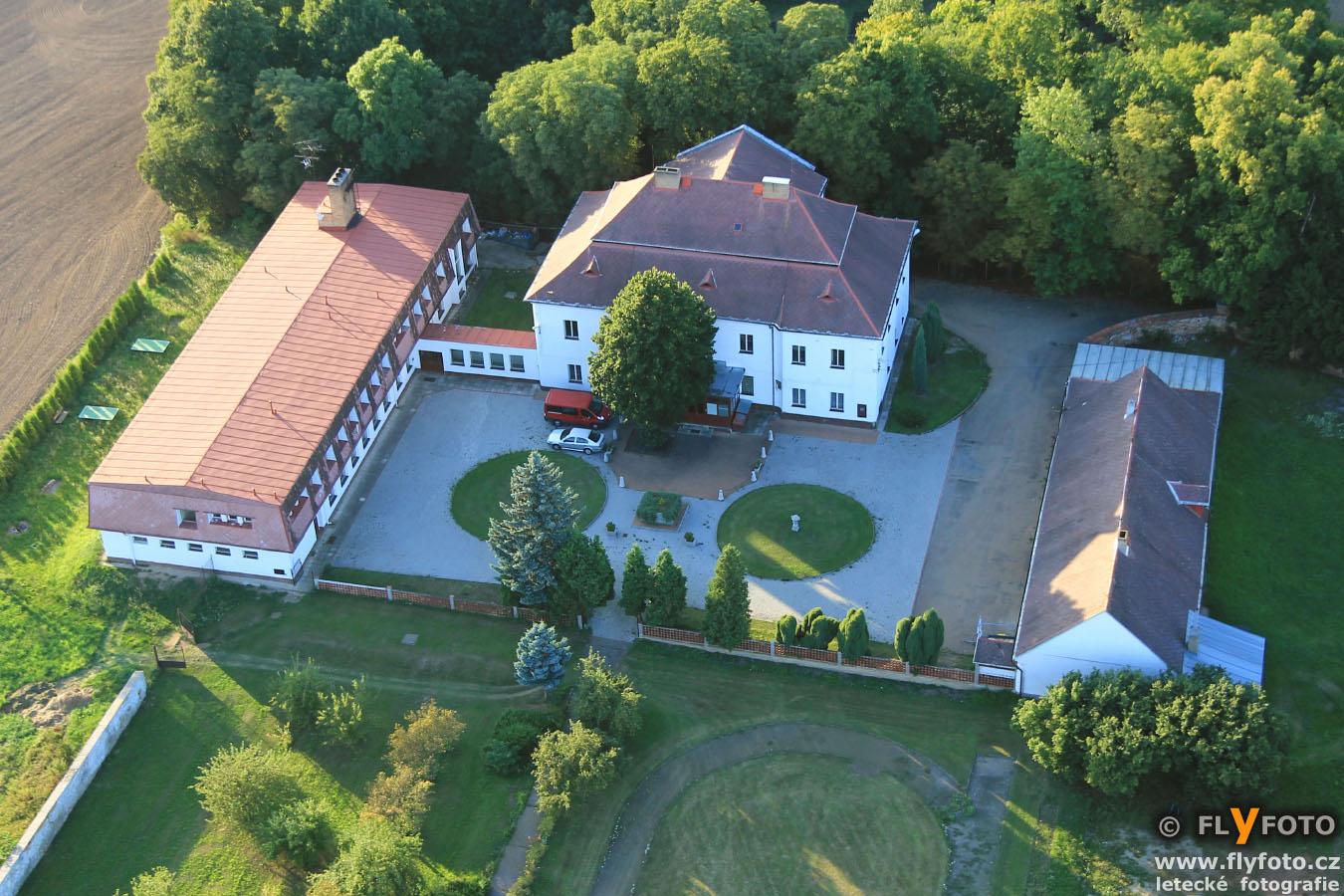 zámek Terešov