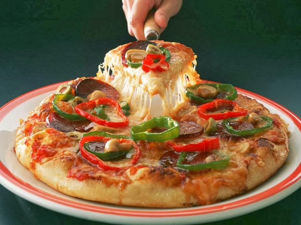 بيتزا هت طريقة جديدة وسهلة جداا