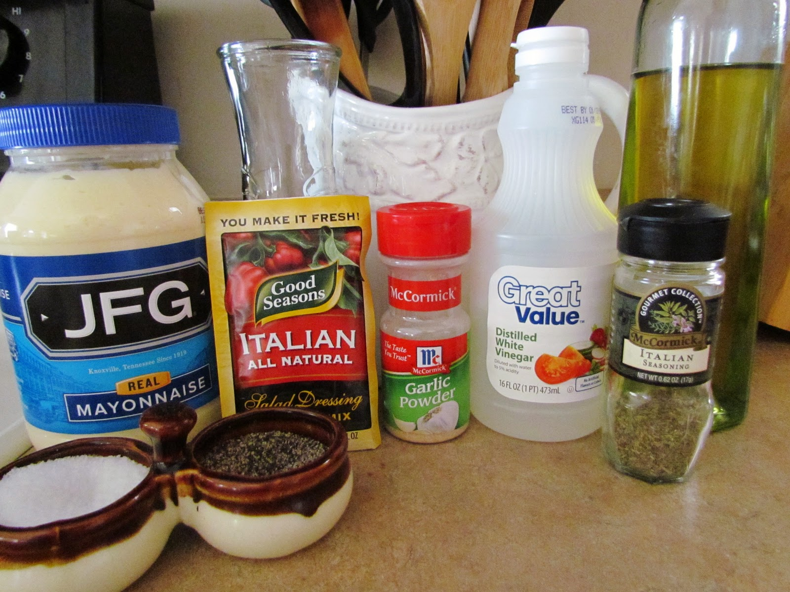 Copy Cat Olive Garden Salad And Dressing Recipe — Dishmaps