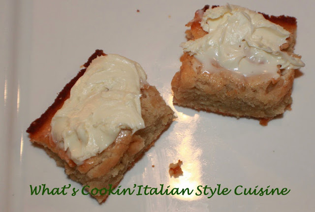 banana sour cream bars with cream cheese frosting recipe