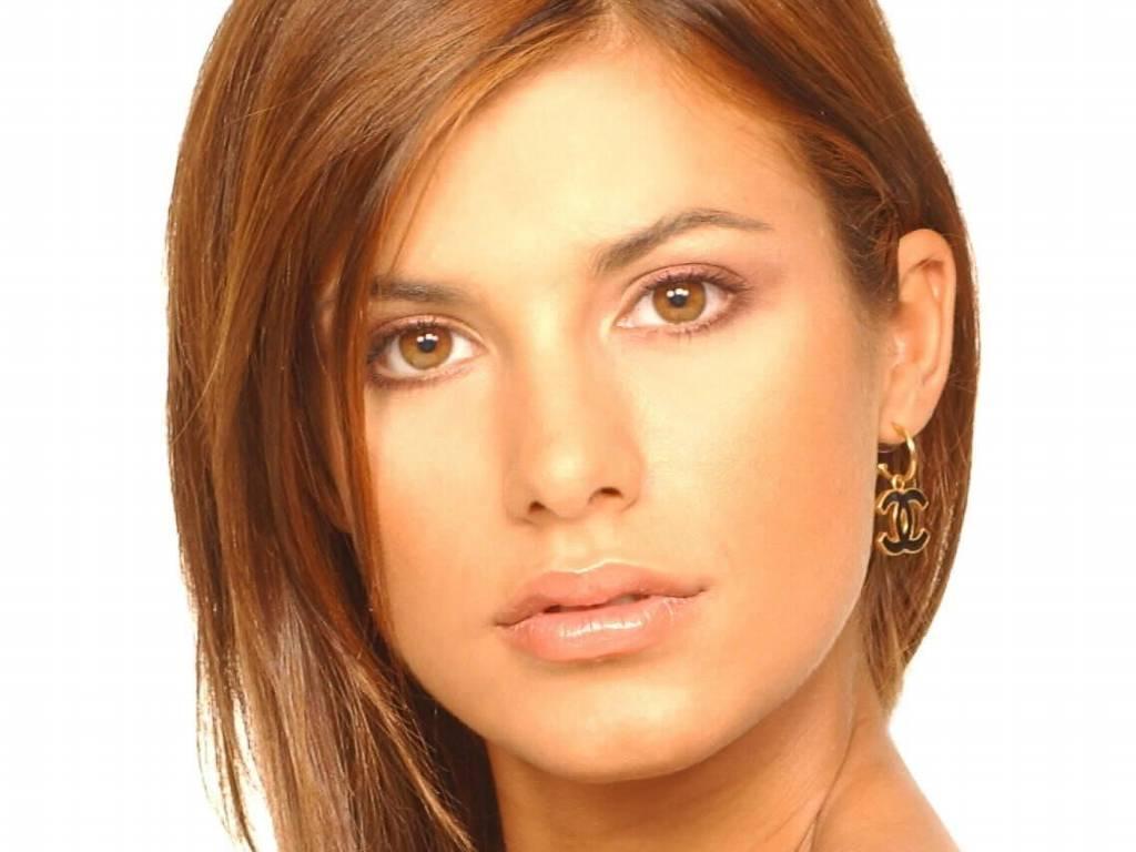 http://1.bp.blogspot.com/-sPqAcO4X6Q4/UQ1rHENytzI/AAAAAAAARPQ/XhJKWPaKZ3c/s1600/elisabetta-canalis-7251.jpg
