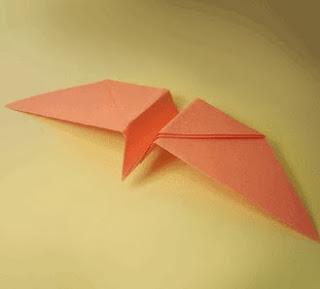http://translate.googleusercontent.com/translate_c?depth=1&hl=es&rurl=translate.google.es&sl=en&tl=es&u=http://www.origami-fun.com/origami-twirling-bird.html&usg=ALkJrhh1yNOUADj8gFIehziaO1t1qDyyNg