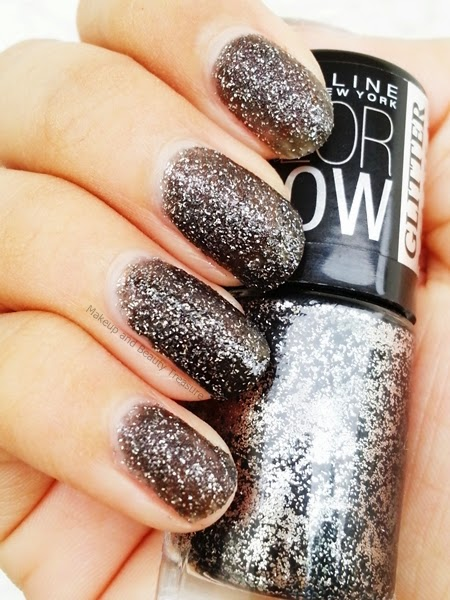 Maybelline-Glitter-Nail-Polish-Review