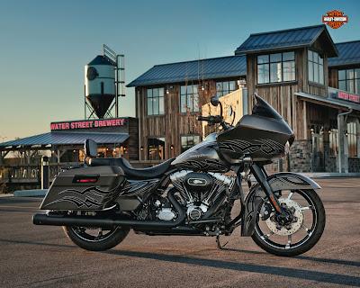 2013 Harley Davidson CVO Road Glide Custom