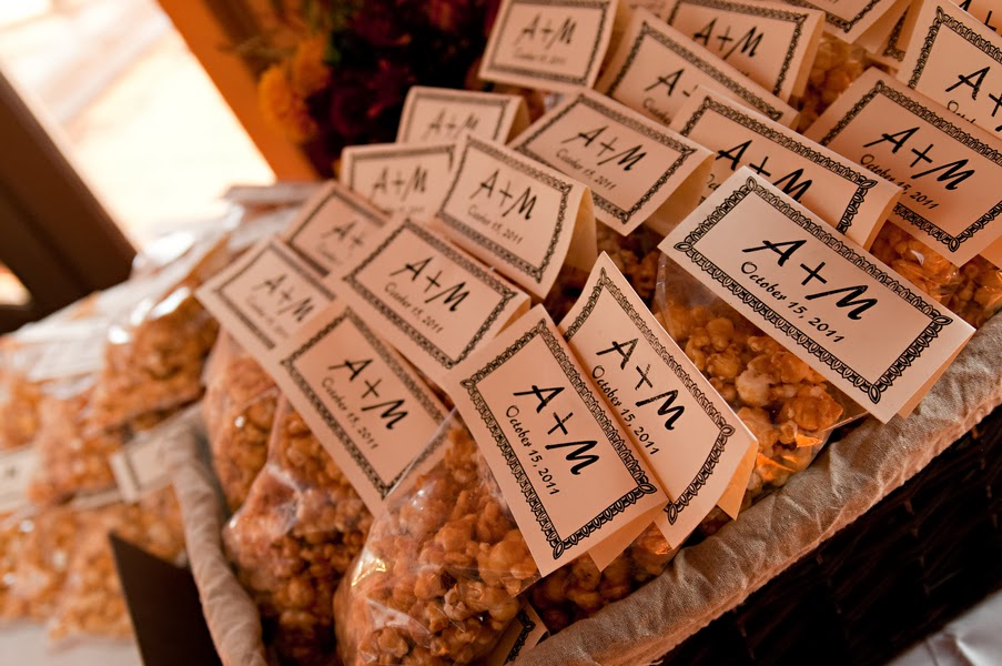 caramel corn favors