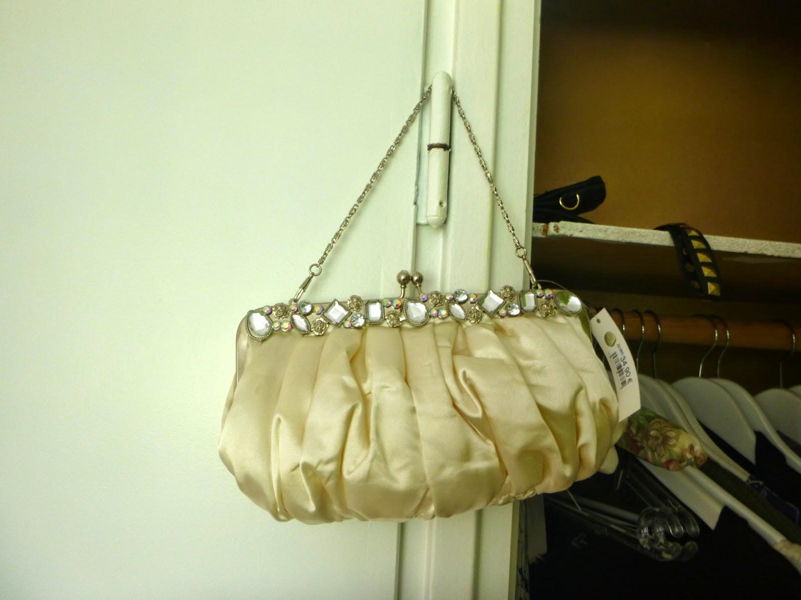 Millainen Laukku Festareille : Piece of wedding cake laukku h??p?iv?n? millainen ja