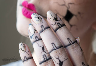 http://rainpow-nails.blogspot.de/2015/10/halloween-creepy-broken-doll-nails.html
