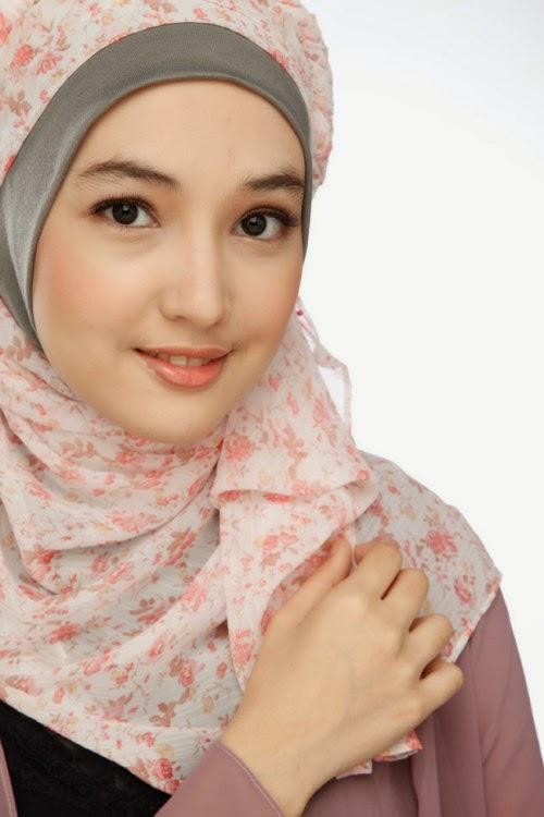 Anna Karina Gilbert Pemeran Aisyah Putri The Series Jilbab In Love