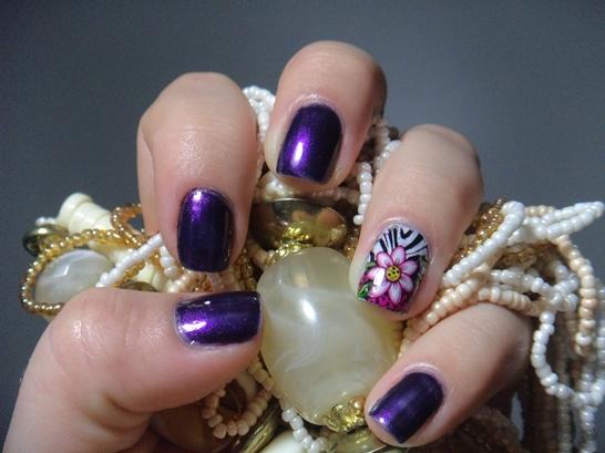 Fazendo as unhas com Películas - Mistery Purple