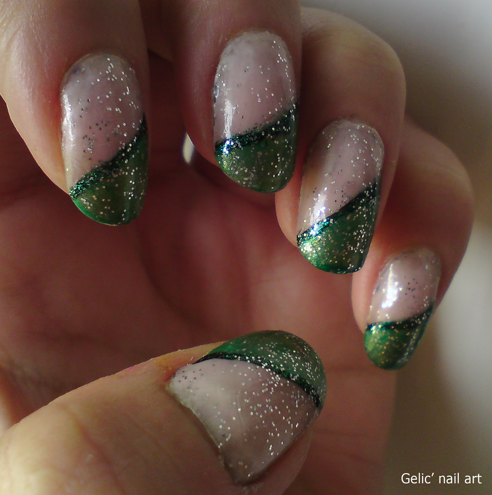 Gelic\' nail art: Green sloping funky frech with glitter top coat