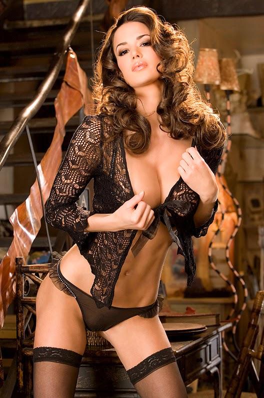 SEXY PAPERLAND: Tiffany Taylor nue