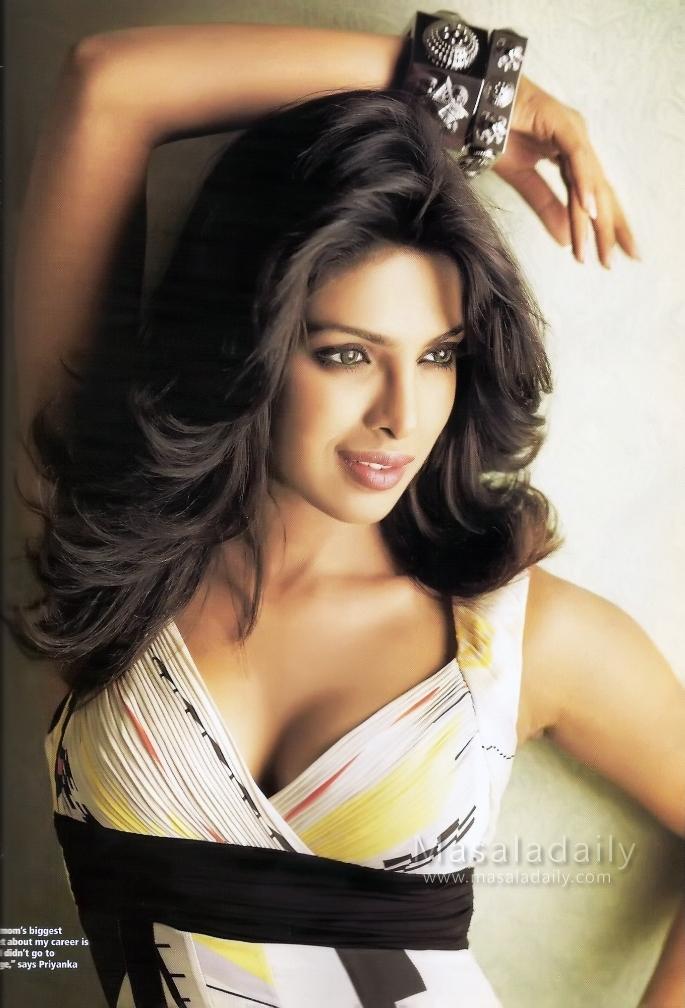 Bollywood Actress Priyanka Chopra Wallpaper   ImageBuzz