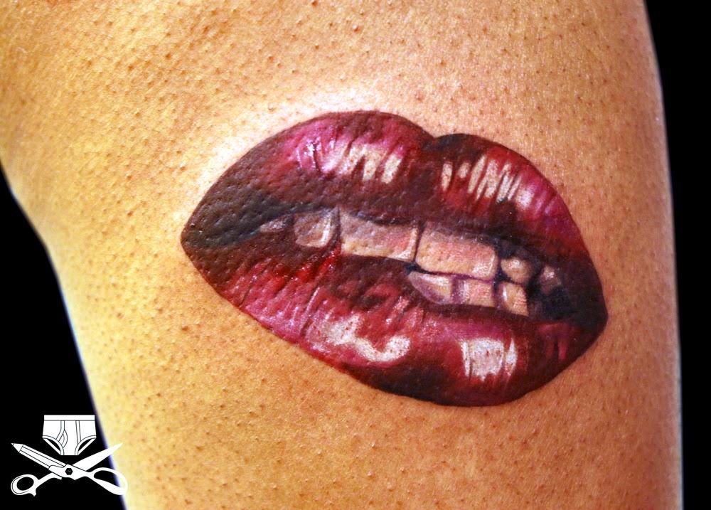 lips tattoo on neck
