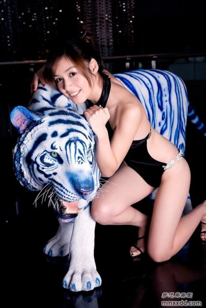 sexy nude japanese cosplay 05