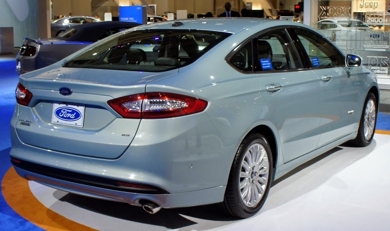 Ford Fusion 2015 fotos sedan premium