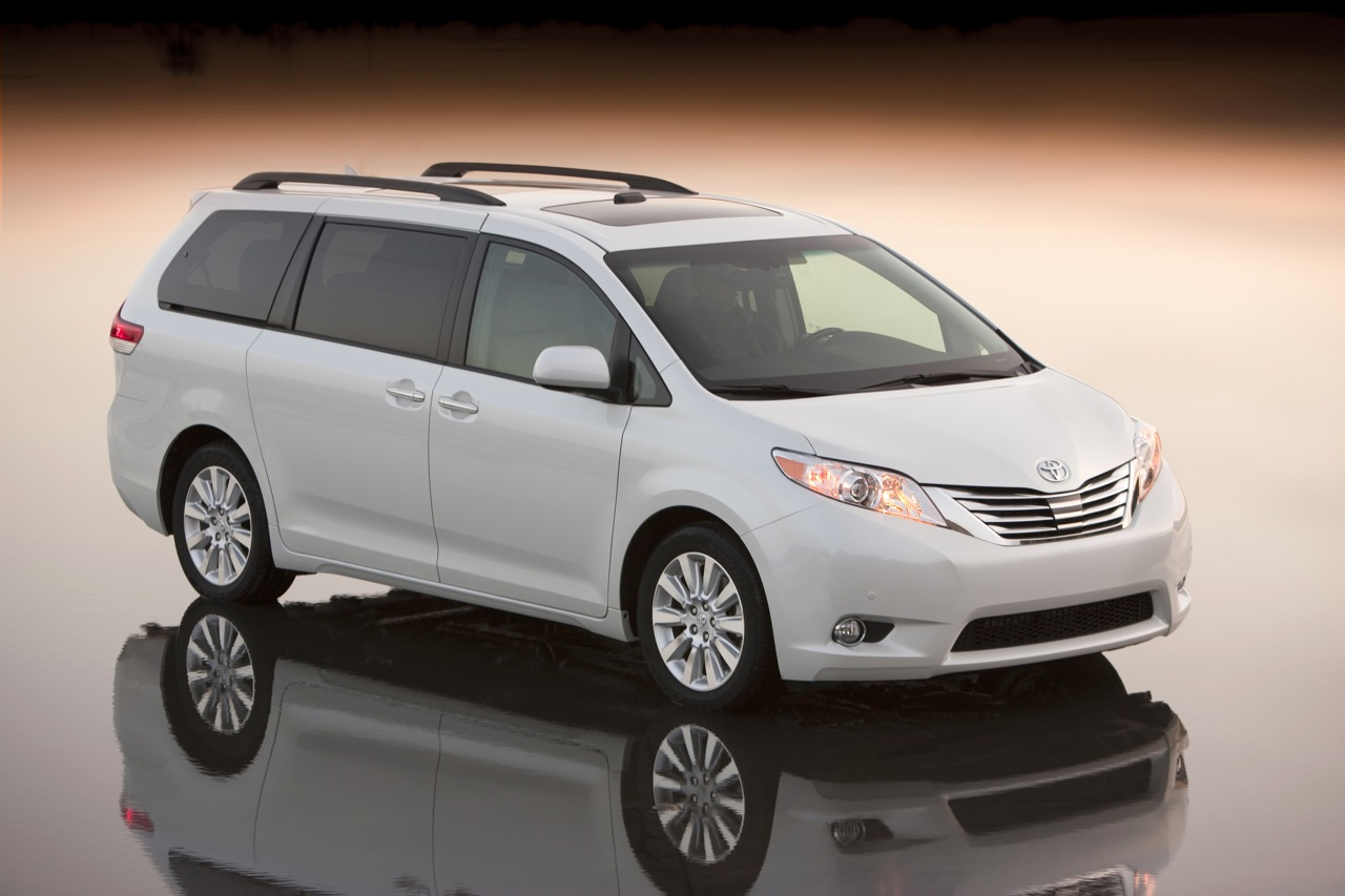 to the description of toyota car collection 2011 toyota sienna