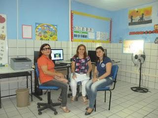 Professora Rosangela (meio) com Elisabete e Rosilane (Professora de Bela Cruz).