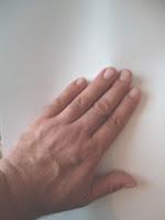 Min venstre hånd med korte negle
