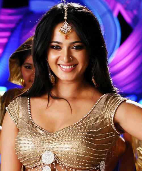 Anushka Latest Saree Photos