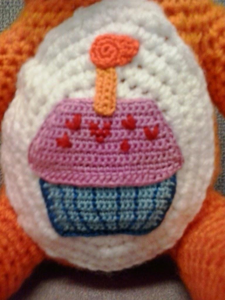 Crochet Fanatic: BIRTHDAY CARE BEAR