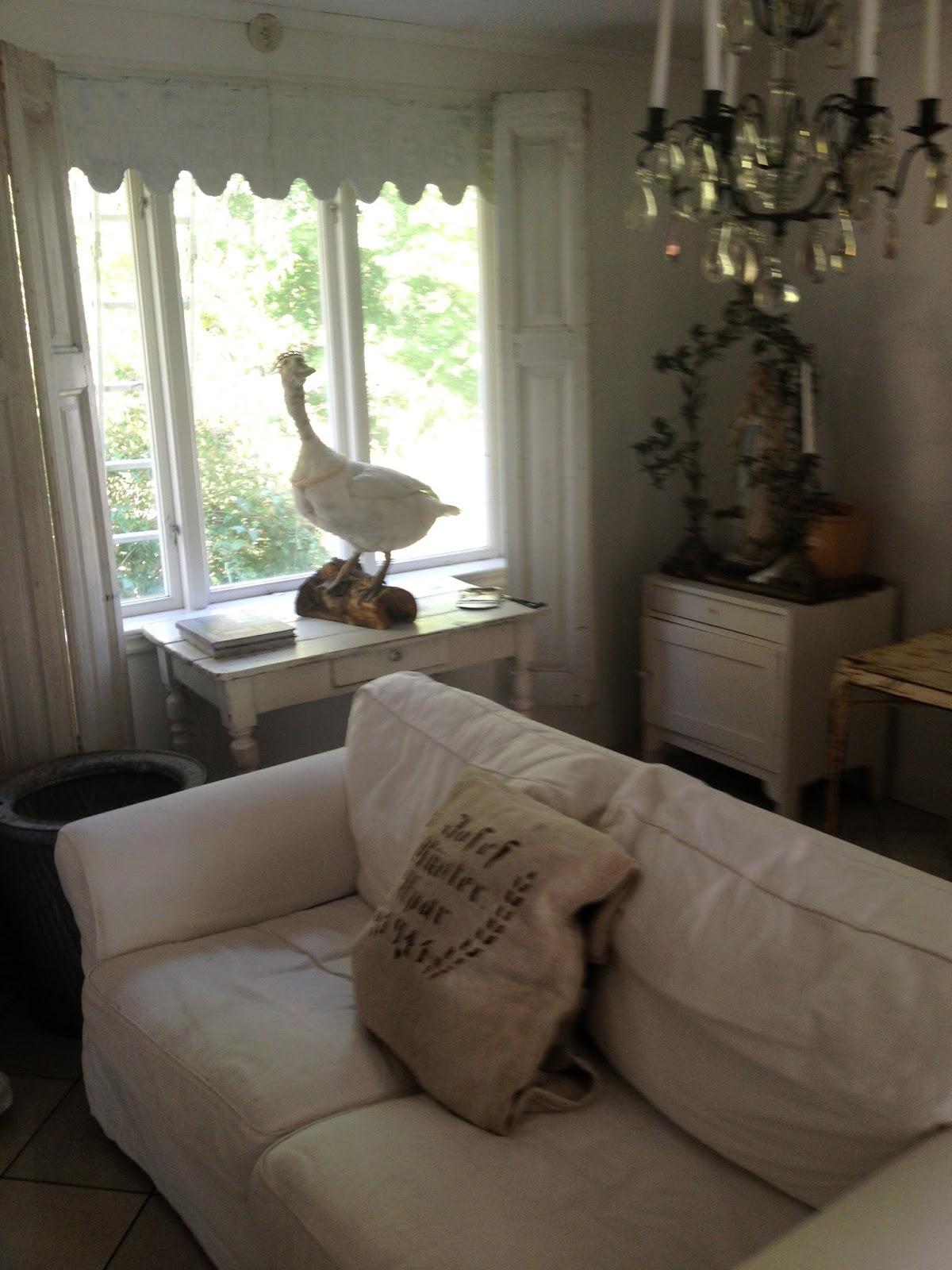 Kärleken till fransk inredning: mitt vardagsrum!